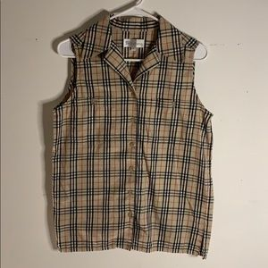 Burberry classic sleeveless buttondown plaid shirt